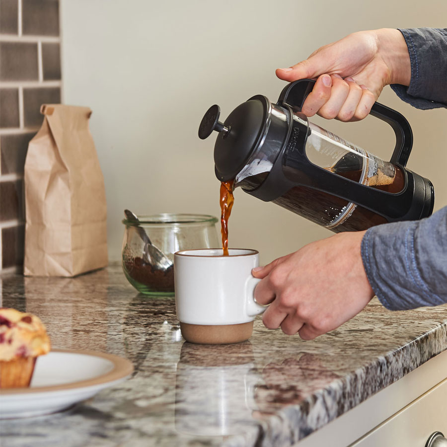 Espro-P3-Coffee-French-Press-pouring