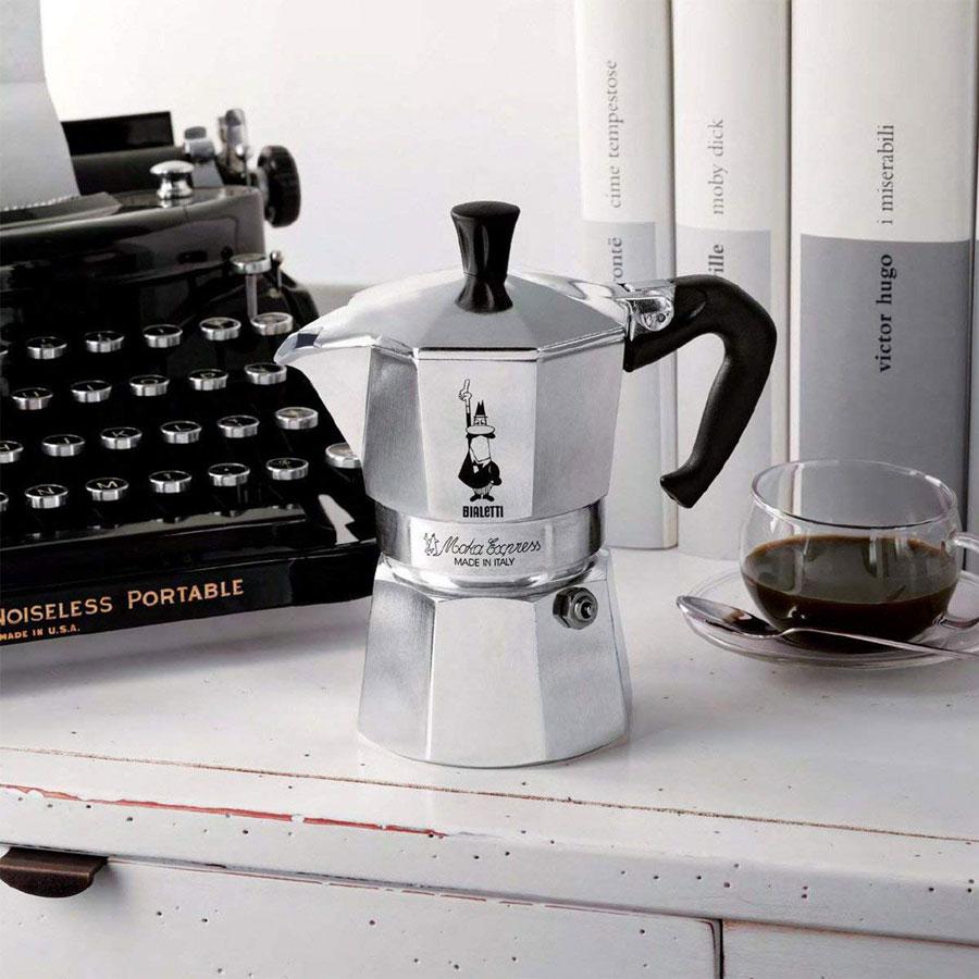 Bialetti-Moka-Pot-2-cups-setting