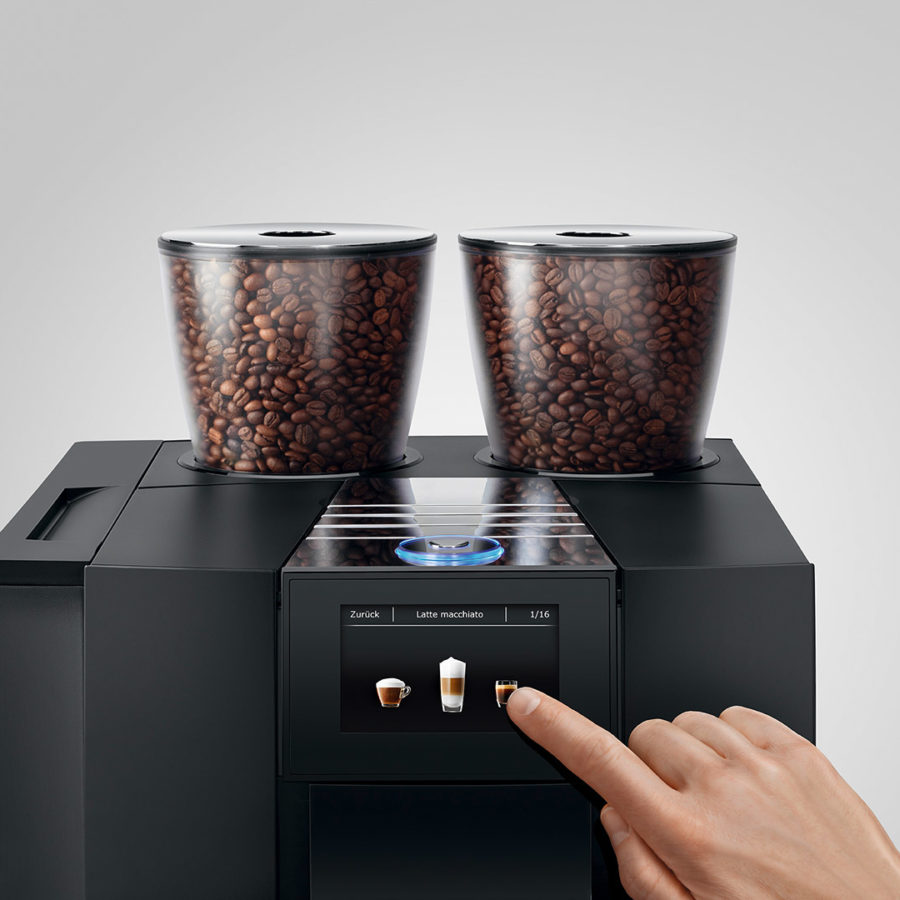 Jura_GIGA_X8_G2_Black_Aluminium_Professional_automatic_coffee_machine_8