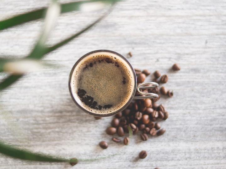 Kofeiini – Tietoisku piristävästä kofeiinista
