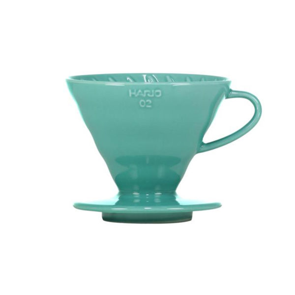 Hario-V60-Porcelain-Dripper-Turquoise-02-900px