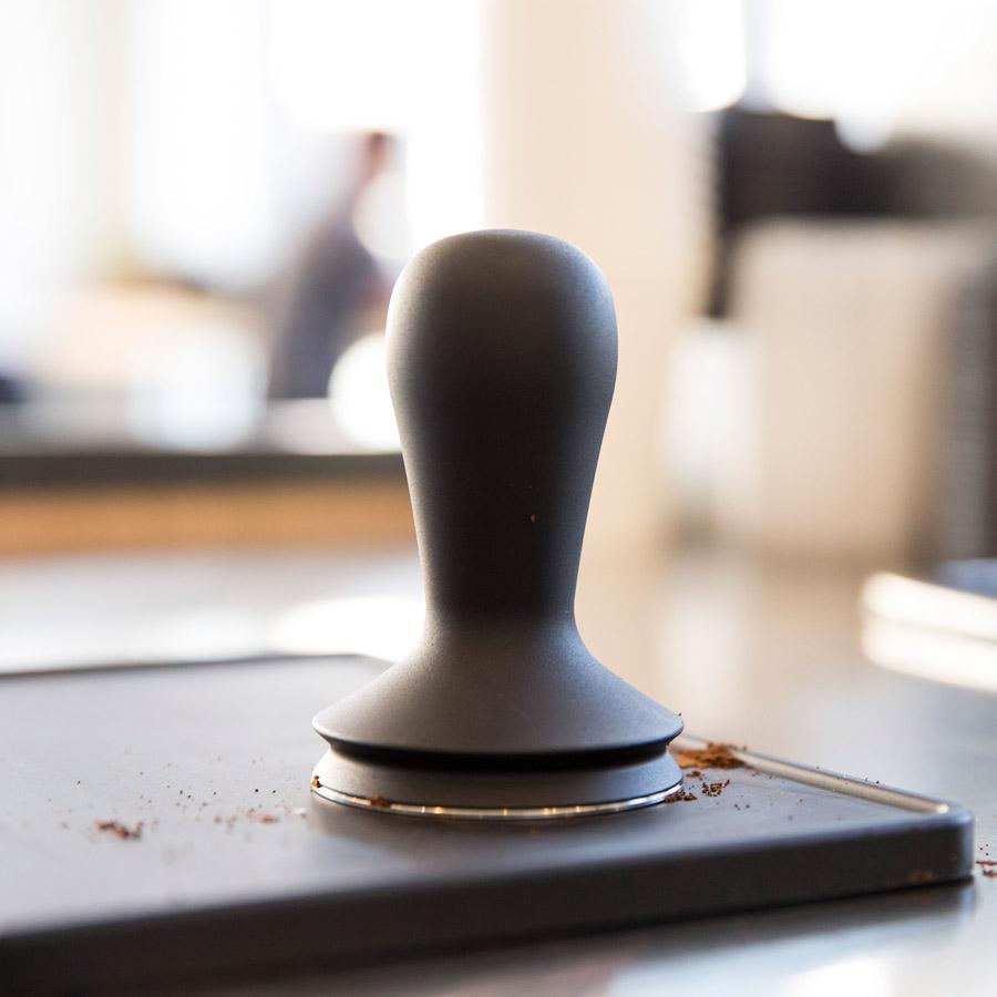 SLURP-Barista-Hustle-Tamper-On-Desk-900px