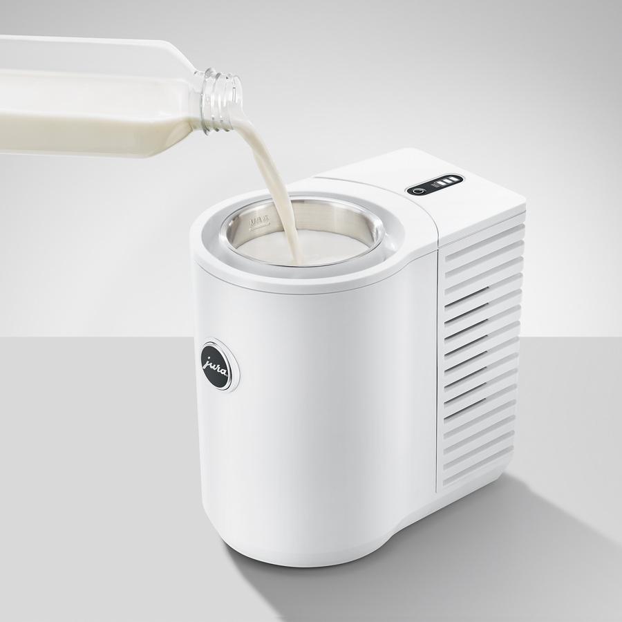 SLURP-Jura-Cool-Control-Milk-Cooler-1-Litre-White-Milk-900px